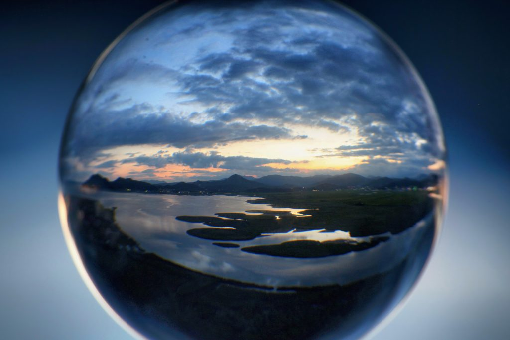 Suncheon bay, crystal ball, refraction