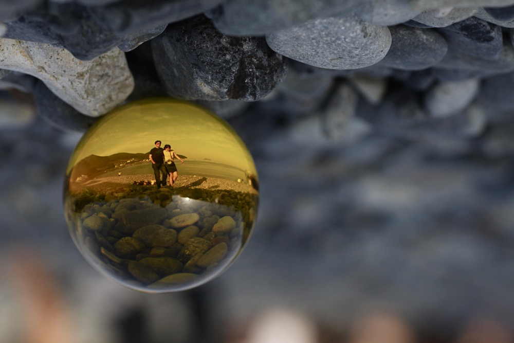 Yellow lensball